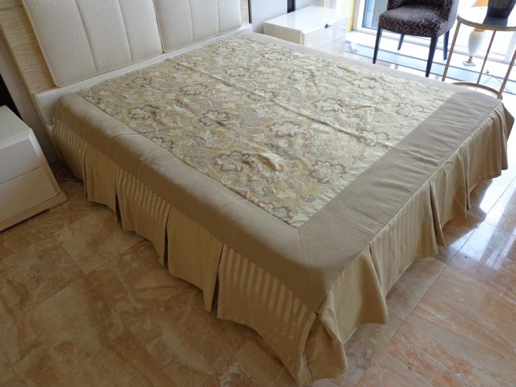 Покрывало на кровать на дачу